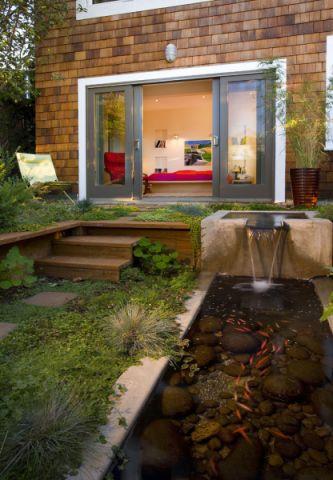 花园楼梯现代风格装潢效果图