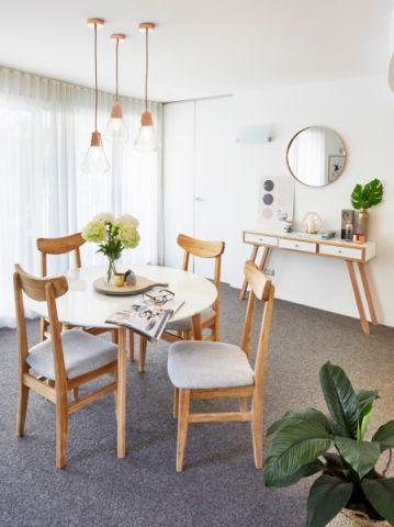 餐厅餐桌北欧风格效果图