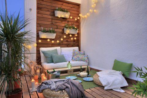 阳台地板砖地中海风格装饰效果图