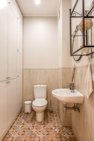 卫生间地砖混搭风格装潢设计图片