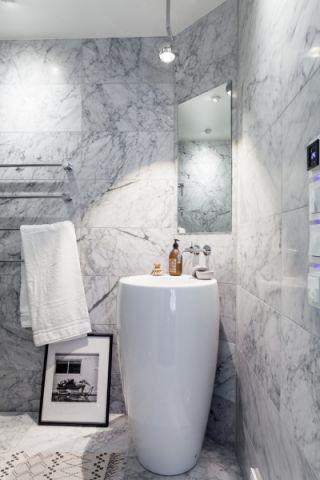 浴室背景墙现代设计方案