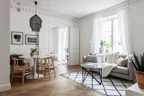 现代风格一居室155平米装修图片