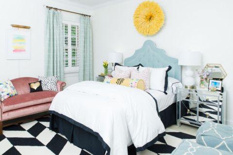 142平米二居室现代风格装饰设计图片