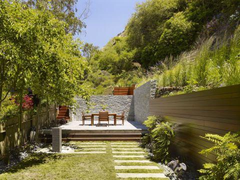 花园背景墙现代风格装修设计图片