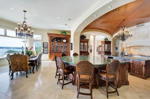 厨房餐桌地中海风格装潢图片