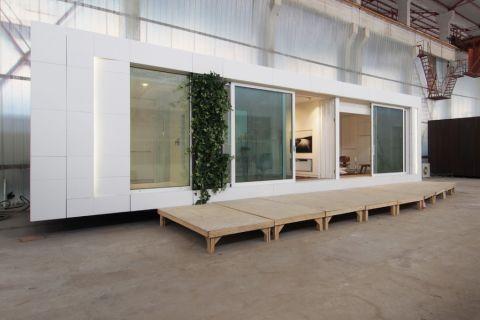 外景走廊现代风格装潢图片