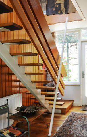 玄关楼梯混搭风格装潢效果图
