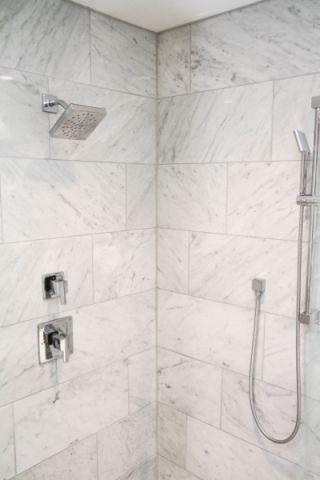 浴室背景墙美式风格装修图片