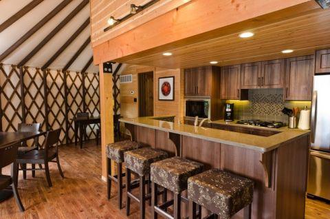 厨房吧台混搭风格装修设计图片
