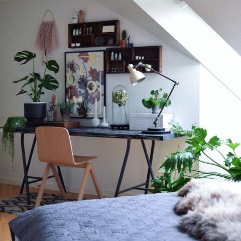 书房书桌现代风格装潢图片