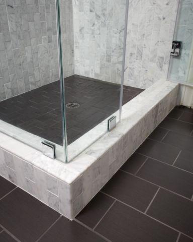 浴室地板砖美式风格装潢图片