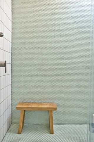 浴室背景墙现代风格装潢设计图片
