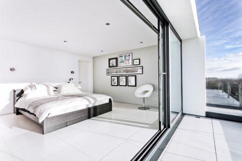 卧室照片墙现代风格装潢效果图