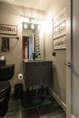 浴室地板砖混搭风格装潢效果图