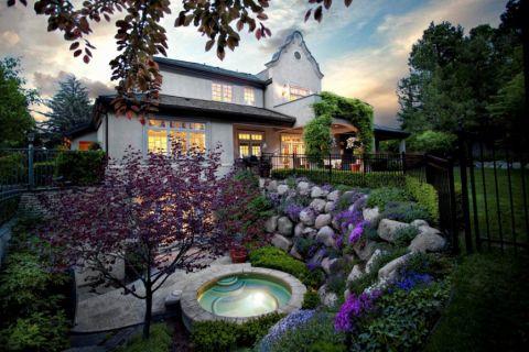 花园背景墙美式风格装饰设计图片
