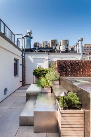 阳台走廊现代风格装潢图片