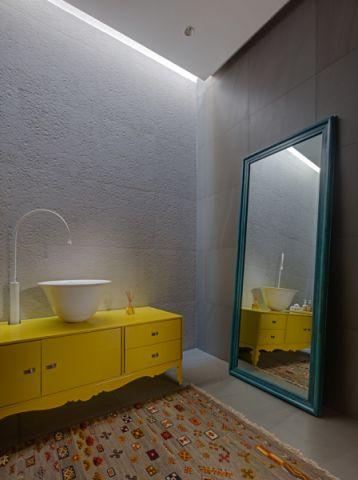 卫生间洗漱台混搭风格装修效果图