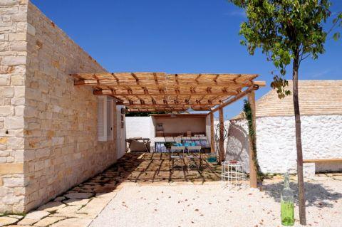 阳台背景墙地中海风格装潢效果图