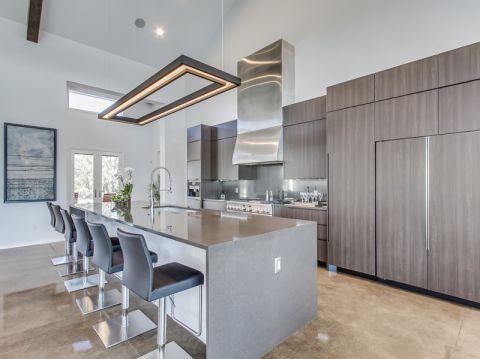 厨房吧台现代风格装饰设计图片