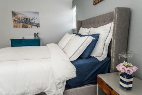 卧室现代风格效果图大全2017图片_土拨鼠古朴舒适卧室现代风格装修设计效果图欣赏