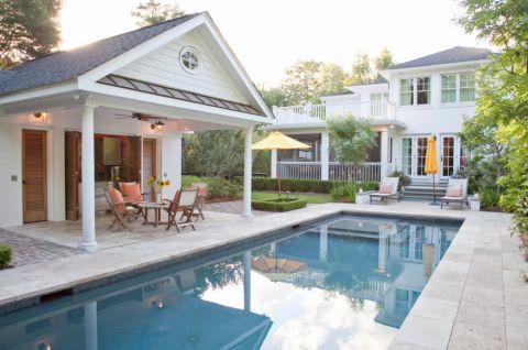 花园泳池现代风格装潢设计图片