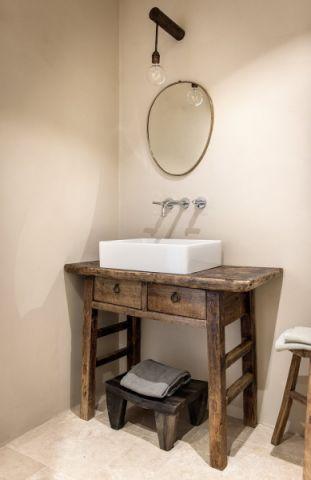 卫生间洗漱台地中海风格装修图片