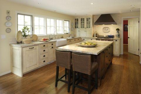 厨房美式风格效果图大全2017图片_土拨鼠温暖纯净厨房美式风格装修设计效果图欣赏