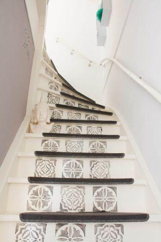 玄关楼梯混搭风格装潢设计图片