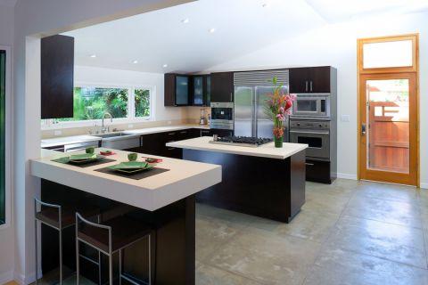 厨房厨房岛台现代风格装潢设计图片