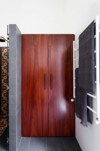 卫生间地砖混搭风格装修设计图片