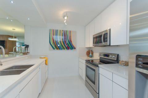 厨房现代风格效果图大全2017图片_土拨鼠干净个性厨房现代风格装修设计效果图欣赏