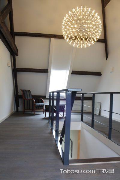 客厅白色阁楼现代风格装潢效果图