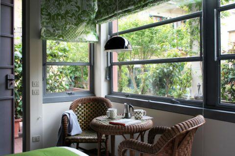 厨房餐桌现代风格装饰设计图片