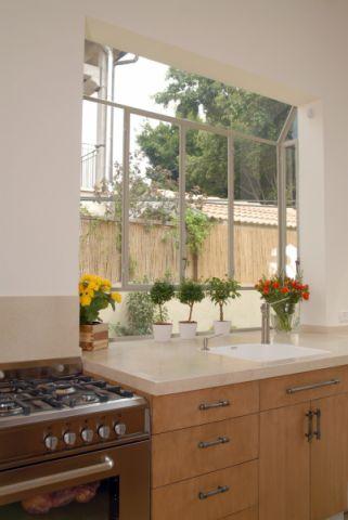 厨房窗台地中海风格装饰设计图片