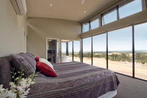 卧室落地窗现代风格装饰效果图