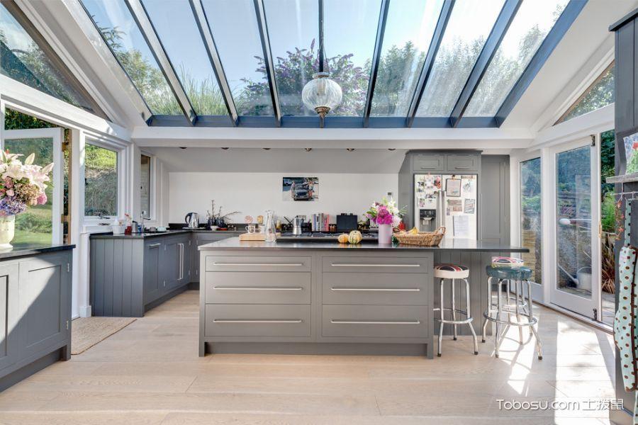 厨房灰色橱柜现代风格装潢图片