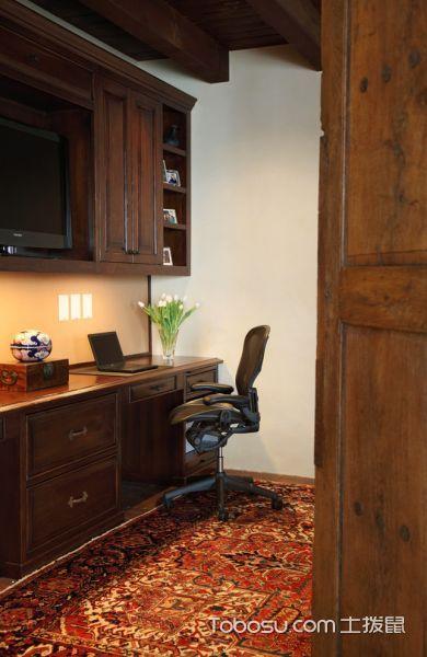 书房咖啡色书桌地中海风格装修图片