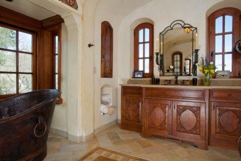 浴室窗台地中海风格装修效果图