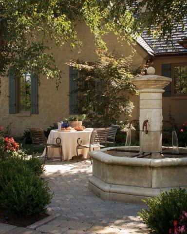 花园餐桌地中海风格装饰设计图片