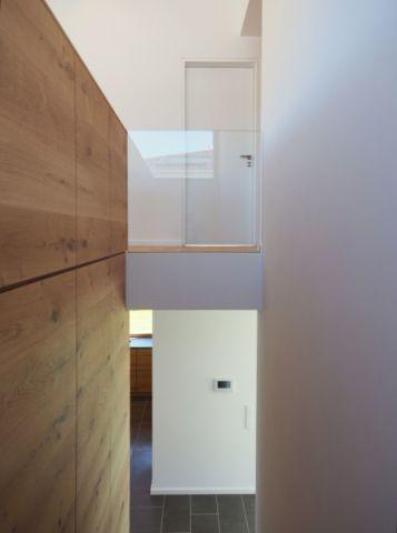 玄关走廊现代风格装饰图片