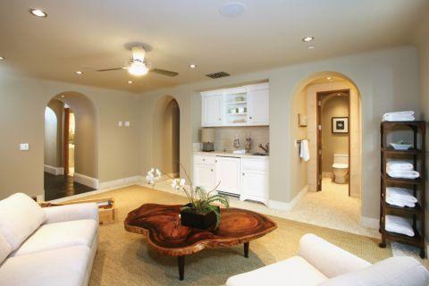 客厅茶几地中海风格装修图片