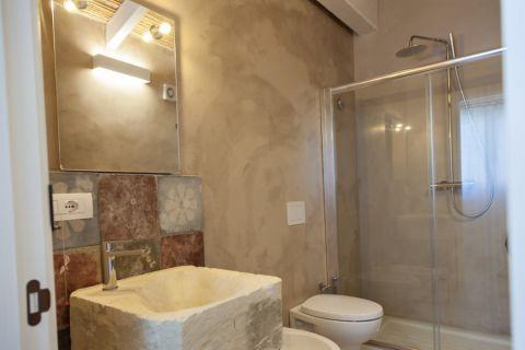 浴室隔断地中海风格装修效果图