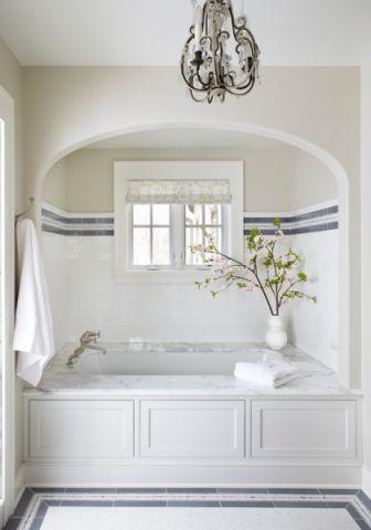 浴室浴缸美式风格装修效果图