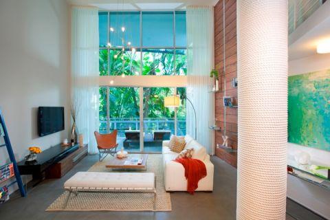 客厅茶几现代风格装饰图片