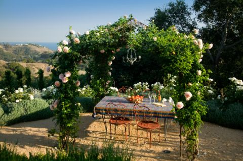 阳台餐桌地中海风格装修效果图