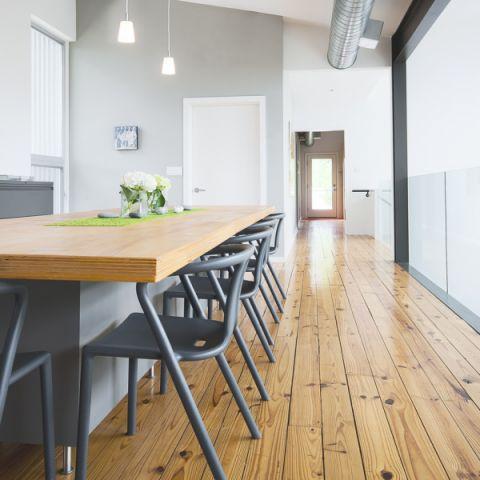 餐厅地板砖现代风格装修设计图片