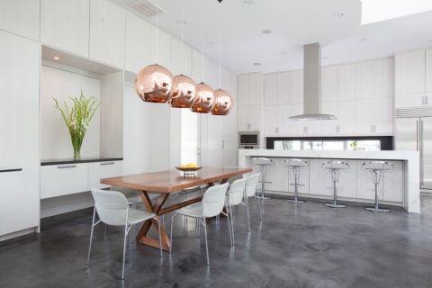 111平米三居室现代风格装修案例