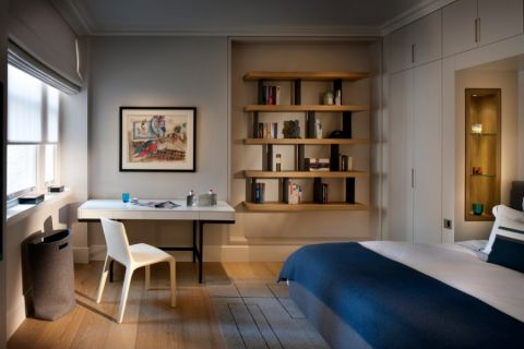 卧室书桌现代风格装修效果图