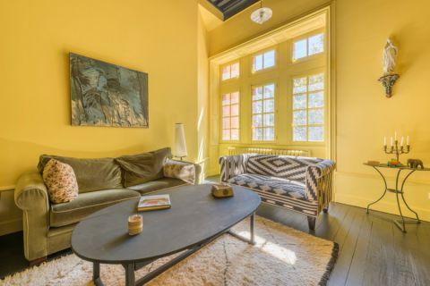 客厅茶几地中海风格装饰设计图片