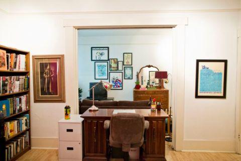 卧室书桌混搭风格装潢效果图